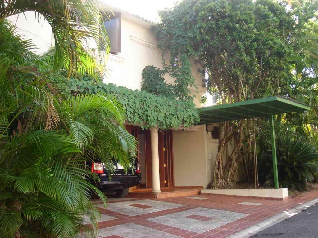 Se vende casa en Arroyo Hondo